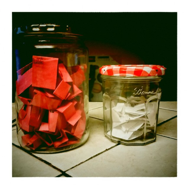 D's jar with red paper and C's with white