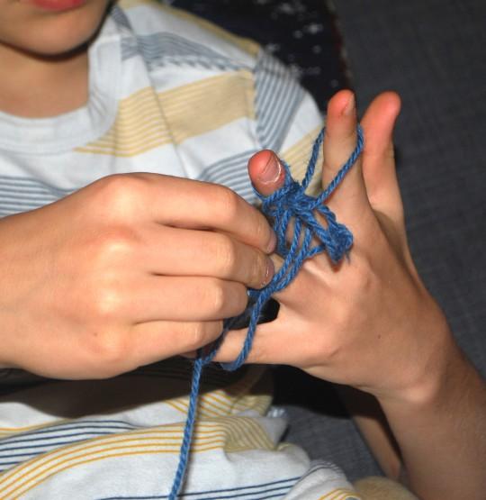 TBSOA: fingerknitting